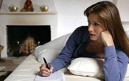 Resultado de imagen de dama escribiendo carta